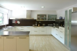 Big kitchen rent villa in Salou a-456