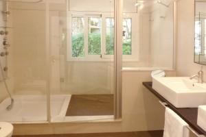 Shower Villa Salou