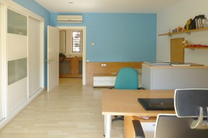 Office Villa in Salou